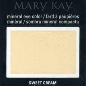 "BOGO 50% Mary Kay ""Sweet Cream"" Mineral Eye Colour"